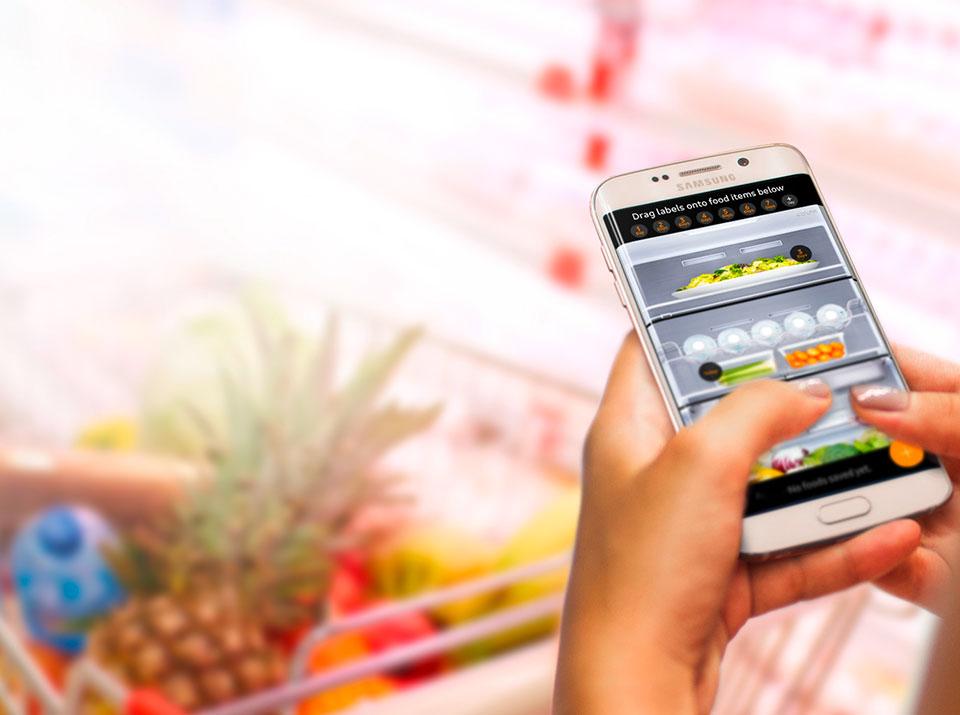 Samsung Family Hub offen groß